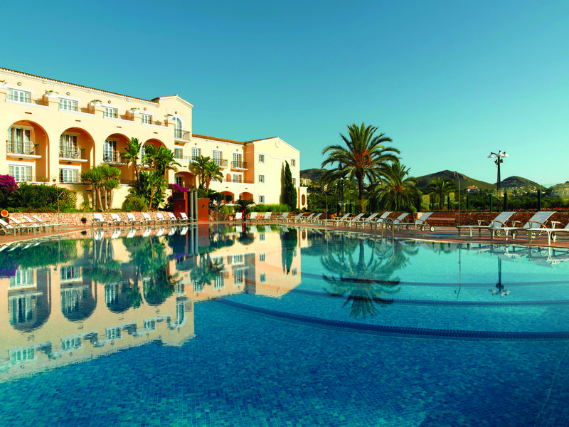 HotelLaMangaClubPrincipeFelipe_Pool