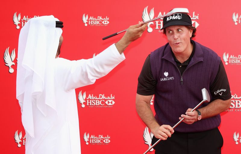 HSBC - Mickelson take centre stage in Abu Dhabi