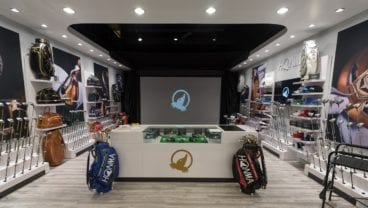 Honma Golf Gallery Store within the popular Roger Dunn Golf Shops' Santa Ana, California