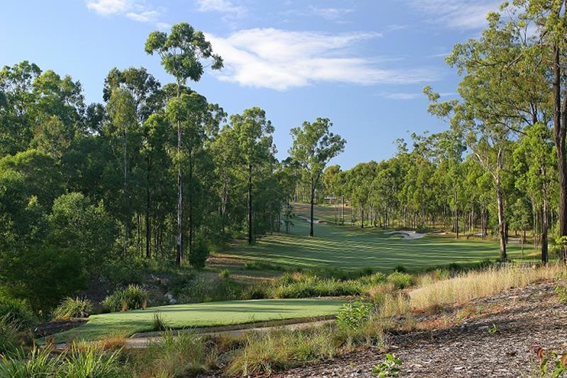 Brookwater Golf & Country Club - The tree lined 18th hole offers a thrilling conclusion
