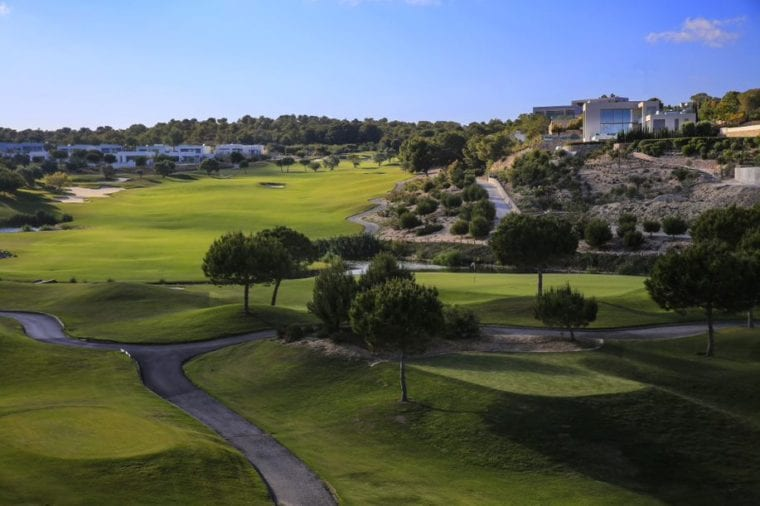 Las Colinas Golf & Country Club with houses and villas around the golf course