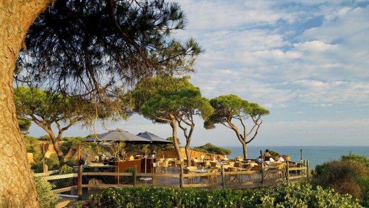 Pine Cliffs Resort restaurant gastronomy offer
