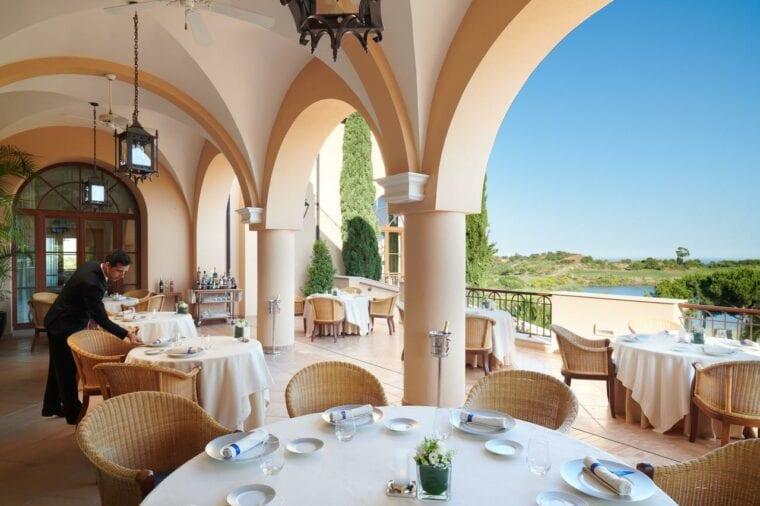 The Vistas restaurant Monte Rei Golf & Country Club gastronomy offer
