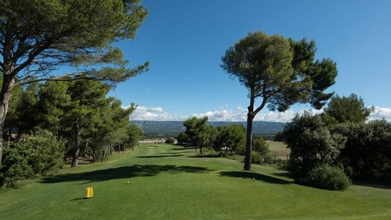 Golf International Pont Royal Durance 6th hole