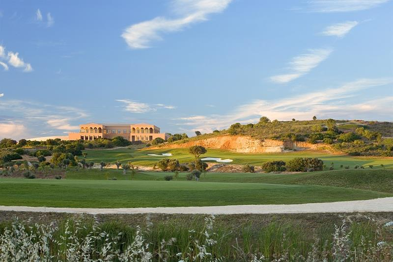 World-Class facilities at Amendoeira Golf Resort golfing holiday destination