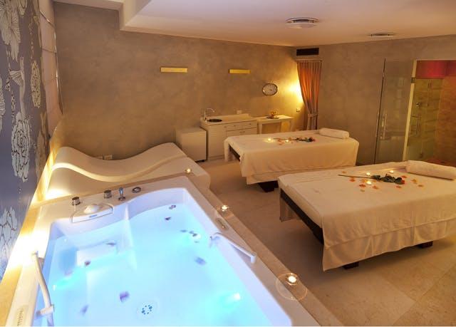 Palazzo Arzaga Hotel spa golf resort wellness massage