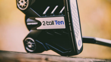 2-Ball Odyssey Ten putters lifestyle photo