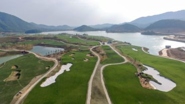 Sir Nick Faldo Thanh Lanh Golf Club Hanoi resized