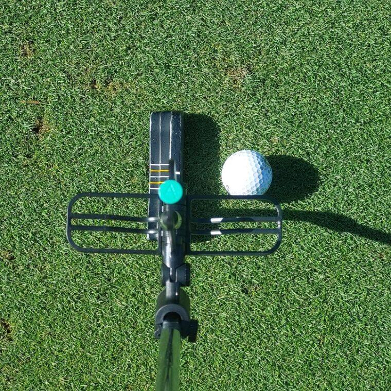 AI Golf The Greenkeeper putting aid during golf lesson